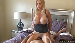 Heavy tits blonde milf fucked by lucky dude