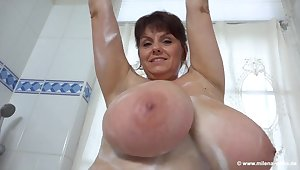 Bathtub solo with brunette mature mom - soiled soapy monster breast