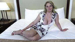 Big ass and titties blonde MILF