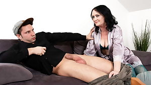 MATURE4K. Solitary holiday idea by mature is to be penetrated